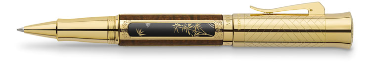 02.--Fabercastell-Pen-of-the-Year-2016_gold_Rollerball